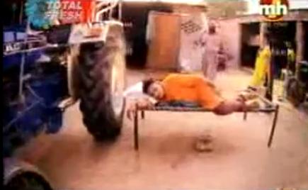 Miss Pooja - Roti Pakdi- Preet Brar/ miss Pooja